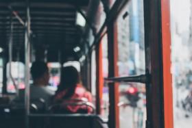 Waar gaan bussen 's avonds na hun diensten heen?